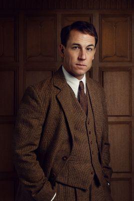 Outlander-Season2-character-portraits-3